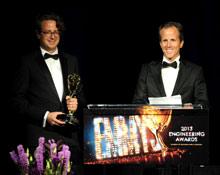 Дэниел и доктор Андреас Зеннхайзеры на 65-й церемонии награждения Primetime Emmy® Engineering Awards в Голливуде