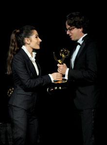 Дэниел Зеннхайзер принимает статуэтку Philo T. Farnsworth Award