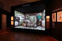 Выставка Дэвида Боуи в Берлине продлится до 10 августа