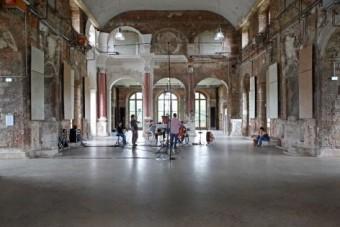 Хорошая акустика и идеальная реверберация в Большом Бальном зале Летнего дворца Дрездена