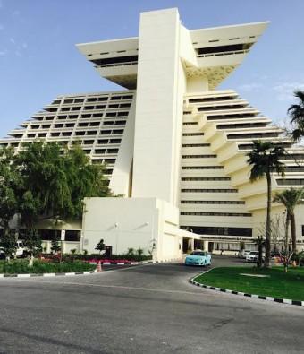 Sheraton Doha развертывает одну из крупнейших цифровых систем для конференций и перевода на Среднем Востоке