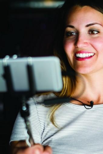 Sennheiser и Apogee начинают совместное производство цифровых петличных микрофонов
